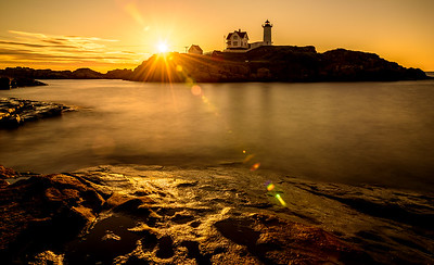 20150723-055514_[Nubble Light Sunrise]_0136-0138_HDR_Archive