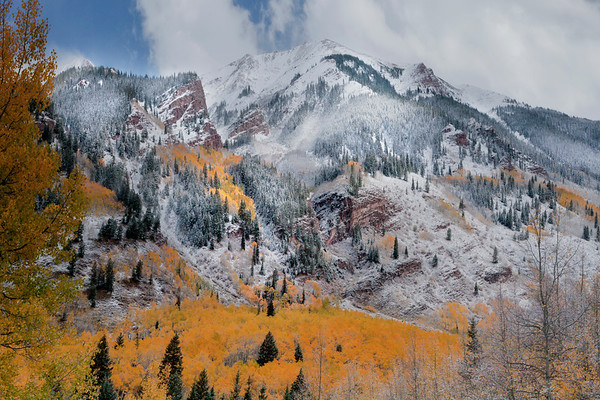 Light Showcase On Cliffs Edge - Maroon Bells-Snowmass Wilderness, Aspen, Colorado