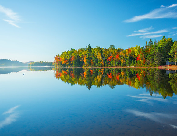 Morning Sidelight On Oxtongue Lake In Algonquin - Algonquin Provincial Park, Nipissing, South Part, Ontario, Canada