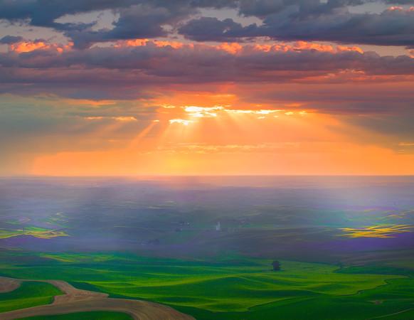 Opening The Skies Above The Palouse - Steptoe Butte,The Palouse, Washington