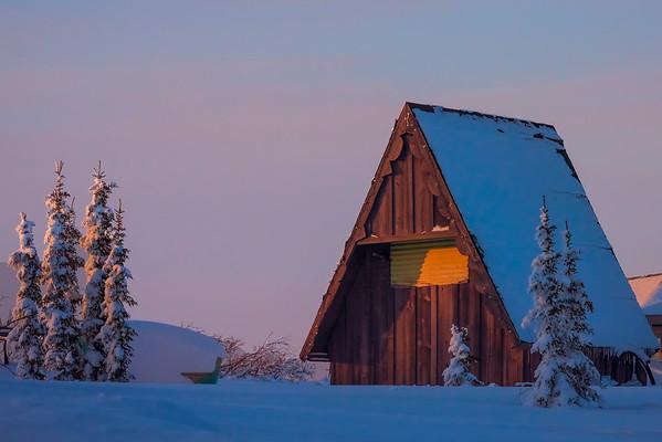 Unique Cabins Of Alaska -Fairbanks, Mt Aurora Skiland, Alaska