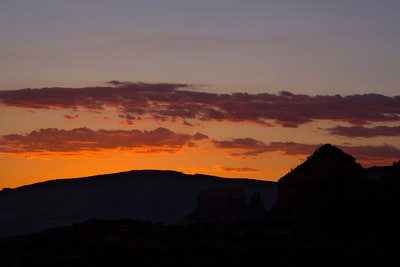 Sunset from Doe Mountain.  Depending on your monitor's contrast, you may or may not see the butte in the darkness to the left of that triangular peak.