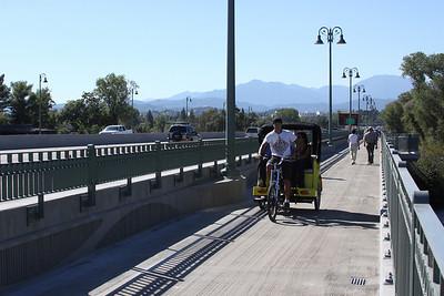 Redding's SR 44 Bridge and bike lane
