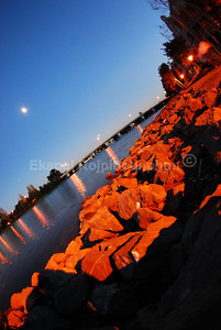 Foster City Lagoon  copyright © 2007 Ekapol Rojpiboonphun