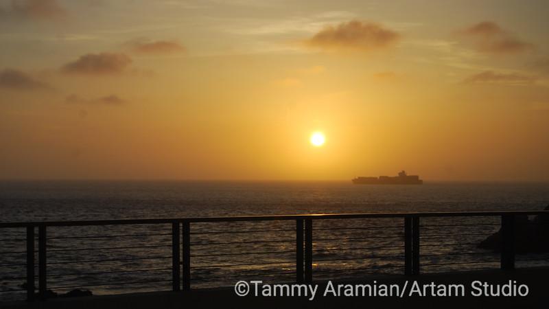 Ship departing at sunset, Cliff House, San Francisco, May 2009