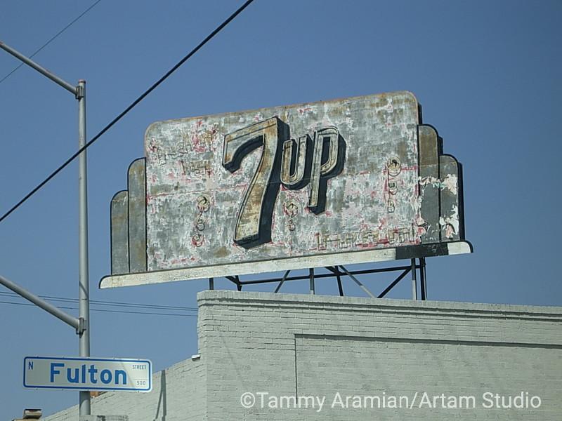 weathered 7up, Fresno, April 2004