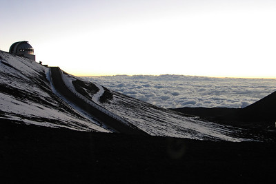 Above 40% of the atmosphere on the summit of Mauna Kea