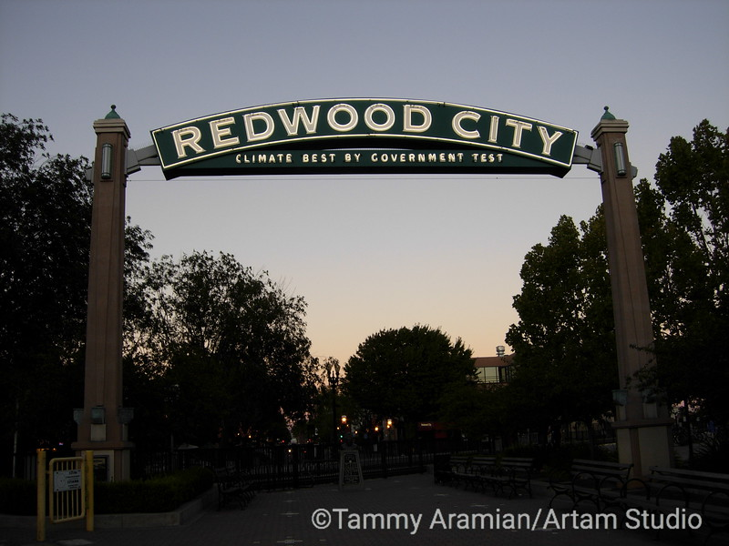 Redwood City neon sign - one of two, this one on Broadway at north end of Caltrain station