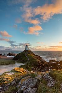 Llanddwyn Island    Tyr Mawr lighthouse #1
