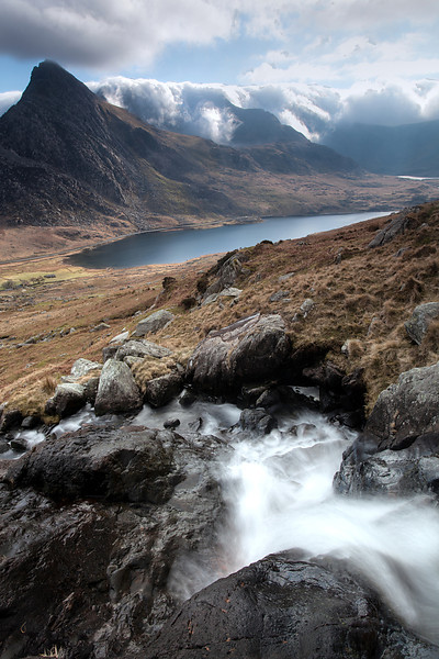 OGWEN VALLEY AND THE GLYDERS 2011 #4