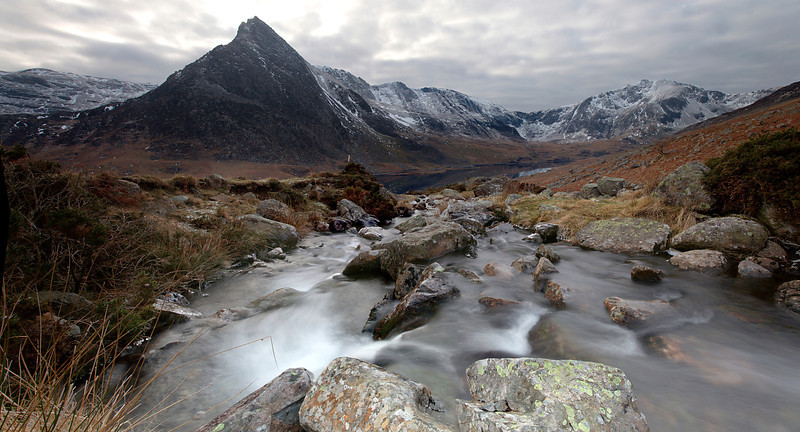 MOUNTAIN STREAM TRYFAN AND THE GLYDERS  #4 copy