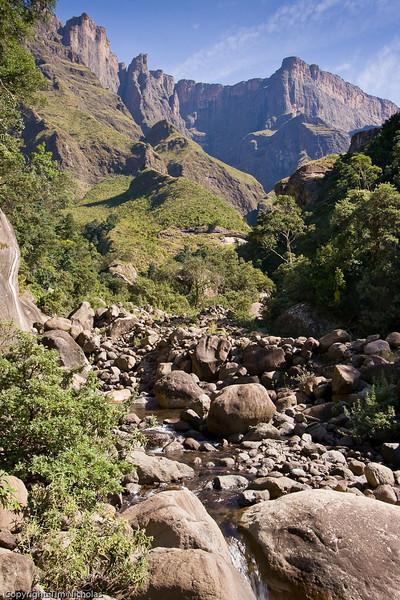 Drakensberg - Amphitheatre, Tugela Gorge and Falls