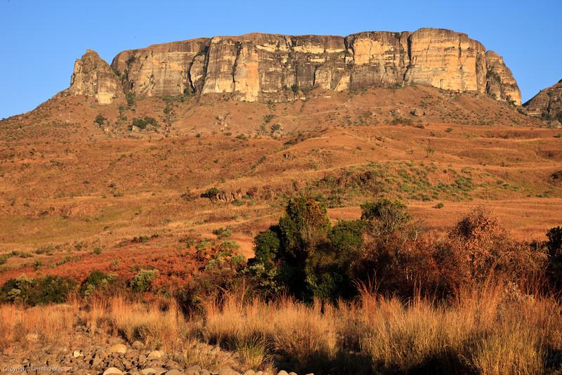 Drakensberg - Royal Natal Dooley Knoll in winter