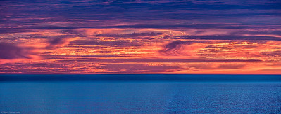 Pacific_Ocean_Sunset_Malibu_Southern_California_Coast_Panorama