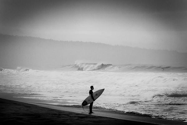Surfing contemplation
