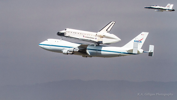 Space shuttle Endeavor lands at LAX