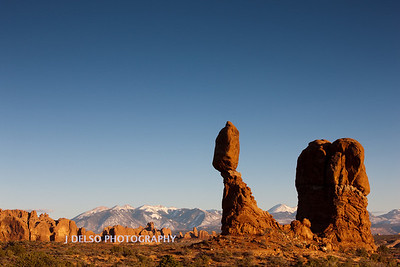 Arches N.P.- Balanced Rock-3034