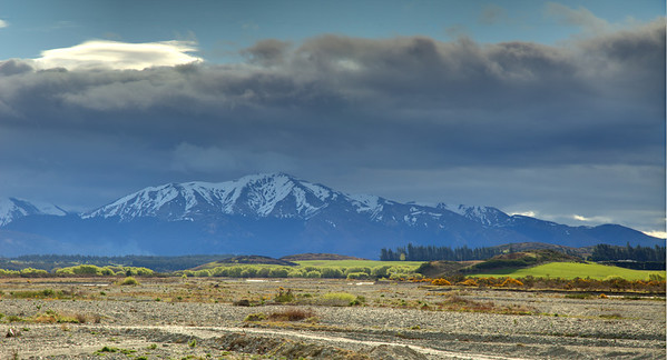 Between Queenstown and Te Anau, Southland, New Zealand