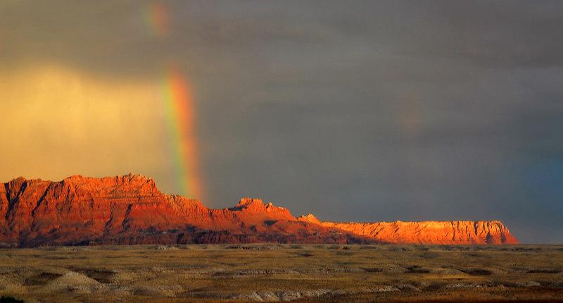Echo Cliffs rainbow.