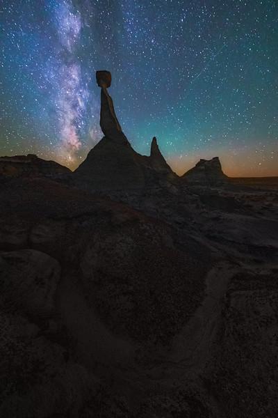 """""""De-Na-Zin New Moon"""" - New Mexico"""