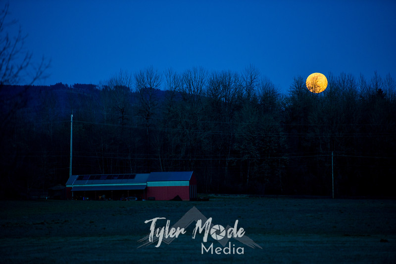10  G Moonrise