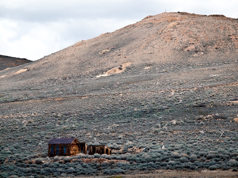 Another house in Bodie, this time it was fenced off though.  I liked its isolation against the hill.