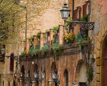 Volterra Balcony