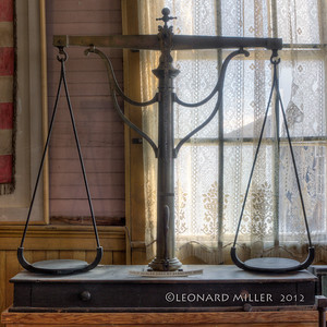 Gold Scales - Bodie - 2012