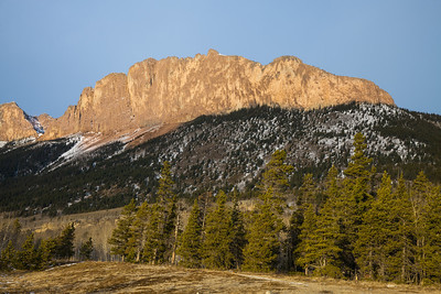 Sunrise on Mount Yamnuska, Kananaskis Alberta