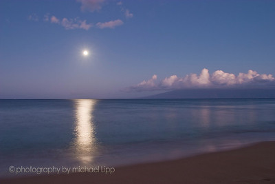moonset off coast of Maui near Kaanapali.