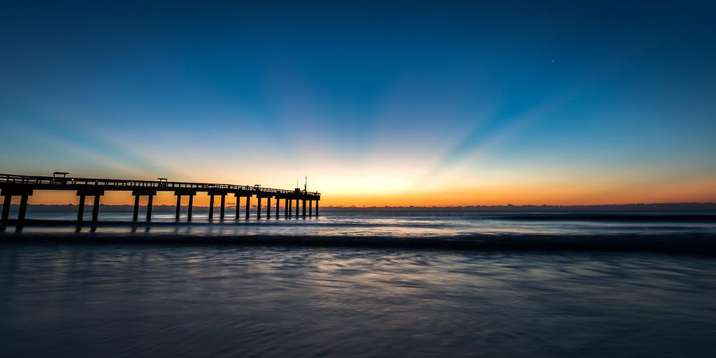 Morning Pier Rays