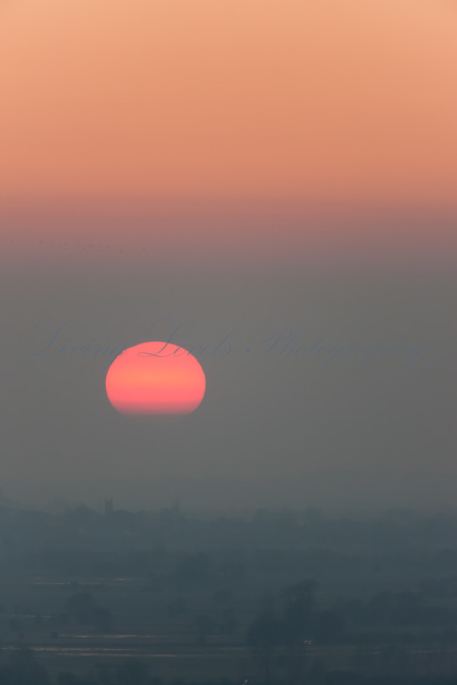 _72H2327 - Sun Setting from Walton Hill