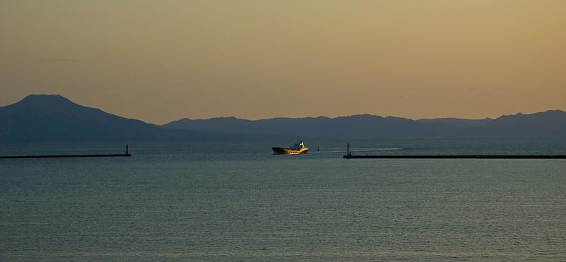 Sunrise, Muroran harbor, Hokkaido, Japan