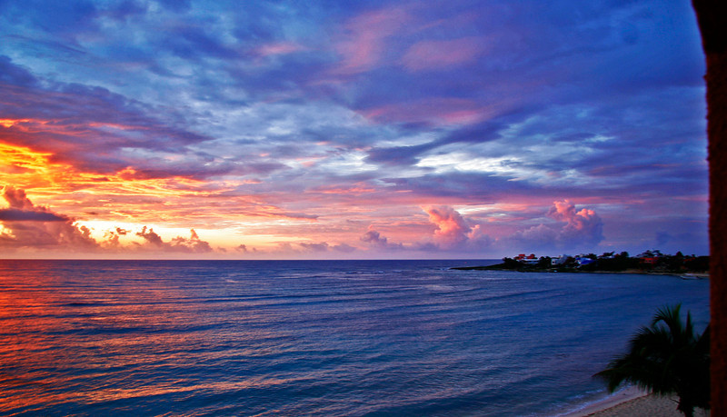 Staying at a friends condo got me a chance to catch a great sunrise in Akumal, Quintana Roo, mexico