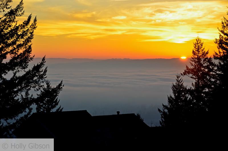 Foggy sunset at Nansen Summit - 102
