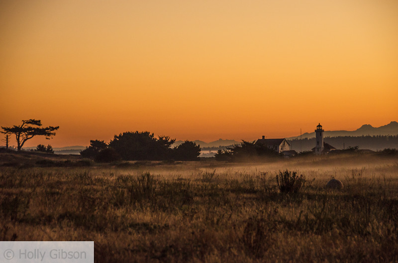 Lighthouse at sunrise - Ft. Worden - 192