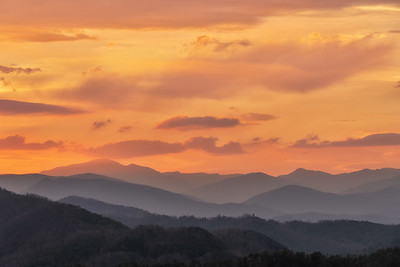 Sunrise over Leconte