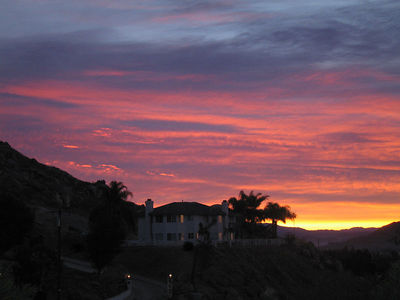 Dawn over neighbor's house, 19 Dec 2005