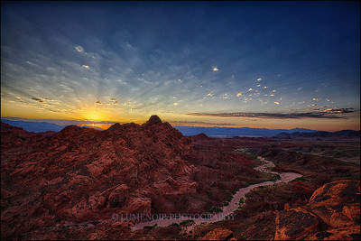 Sunrise at Valley of Fire.