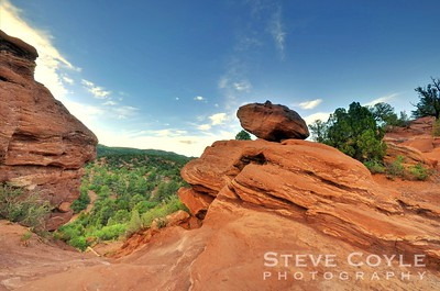 Balanced rock at sunset in the Garden of the Gods. Really liked the lines in the stone in this shot.