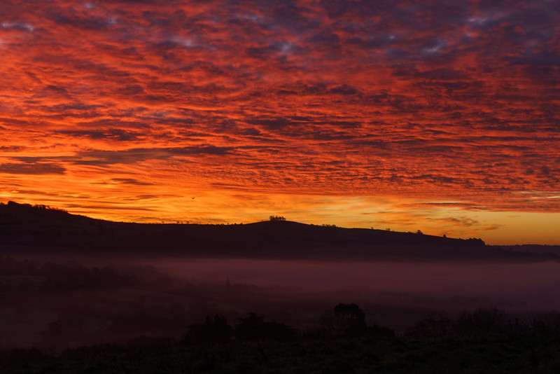 Morning Red sky over Kelston Roundhill 19/11/17