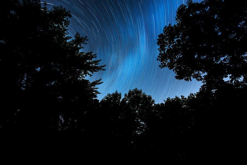 _ASP0411 Night Sky Star Trails