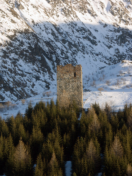 Urserental, Watchtower near Hospental<br /> Konica Minolta Dimage A2
