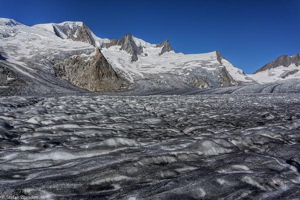 Fiescher Glacier and Grünhornlücke