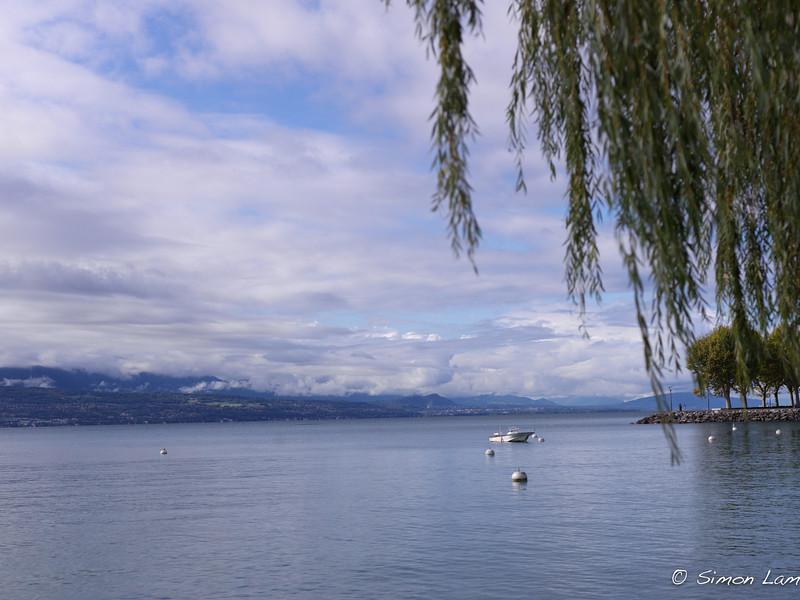 LauZer_2011 09_4491257