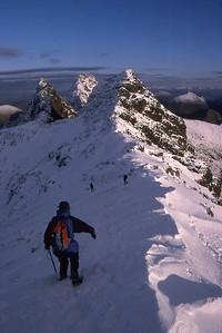 Descending the east ridge of Bruach na Frithe