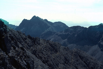 Scramblers on the SW ridge of Ghreadaidh