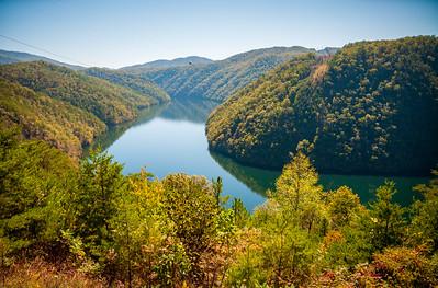 Great Smoky Mountains National Park, Calderwood Lake