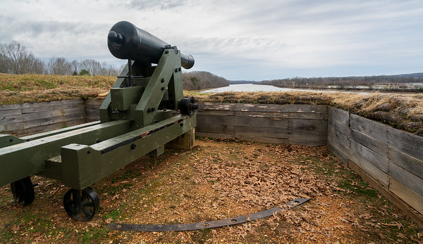 Cannons at Fort Donelson National Battlefield