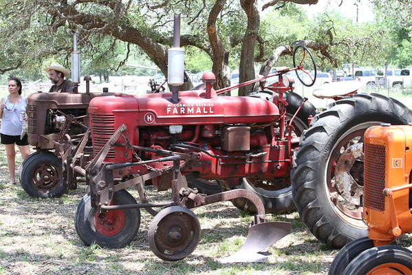 An old Farmall needing a bit of TLC